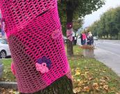 Ustvarjanje pletenin za rožnati oktober