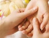 ČAR DOTIKA - Z masažo do zdravega razvoja dojenčka in ljubečih družinskih vezi